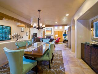 Luxury 'IN THE HEART OF' Santa Fe-Walk to All