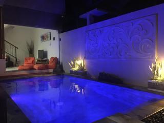Sanur Sunrise Villas (Villa 1) 3 Bedroom
