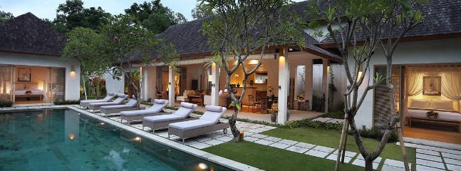 VBA, Luxury 3/4 Bedroom Villa near beach, Seminyak