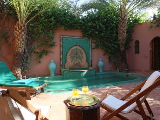 Stunning Villa in a Palm Oasis 5 min. Center, Marrakech