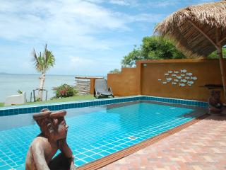 SUPERB VILLA SEA + POOLSIDE PRIVATE 7 P, Ko Phangan