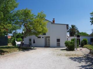 Holiday house only 500m from the sea