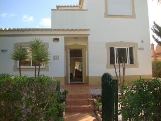 4 Bedroom Villa with private pool, Alvor