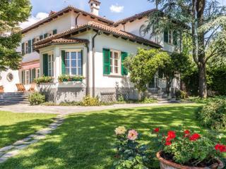 Wonderful estate immersed in manicured gardens, Valli del Pasubio
