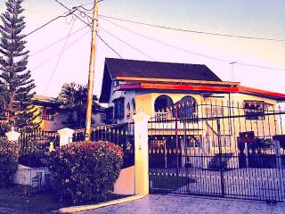 The House on the Hill, San Fernando