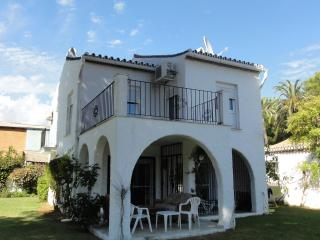 Andalucian style 3 bed Villa close to the beach, Estepona