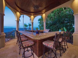 Sea View Luxury Residence, Infinity Pool, Dock, Ci