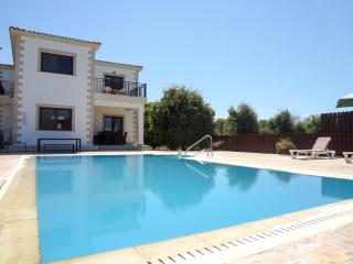 4 bed modern villa, mountain and sea views,private, Polis