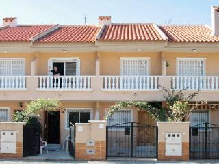 Modern bungalow in San Javier, Spain, with WiFi and air con, sleeps 6 - 100m from the beach!