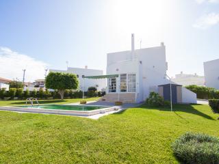 Hendrix Blue Villa, Olhos de Água, Algarve