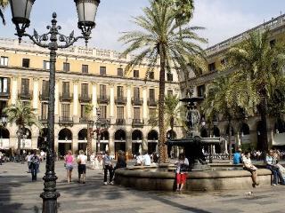 Atico bohemio plaza real, Barcelona