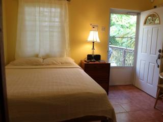 Studio 2-cozy and easy on budget, Rincón