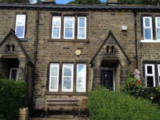 Luxurious romantic retreat in Calderdale nr Halifax, canals, and Bronte Country