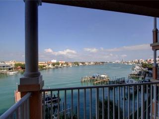 Luxury Waterfront 3/2 HarborView Grande w/Boatslip, Clearwater