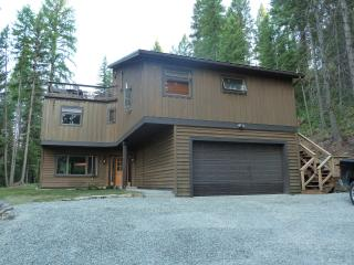 Luxury Home - Your Private Forest Retreat Awaits!, Whitefish