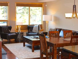 Luxury Canmore Vacations - 2 Bedroom Amazing Condo Unit!
