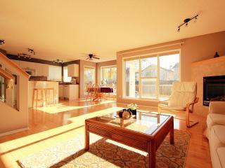 Executive 3Brm House South Edmonton-Cozy and clean