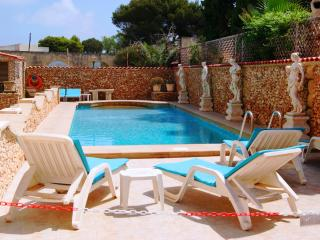 Vista Apartment A- 2-bedRoom,free  wifi, pool, Mellieha