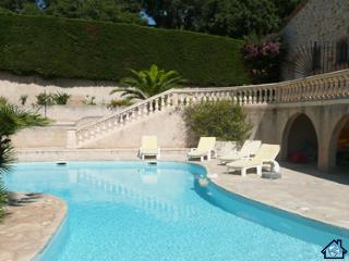 33496 villa-apartment, 2 bedrms,private pool 13 x 7, garden 4000m2, beach 1.5 km