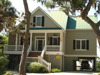 "904 Jungle Shores Dr - ""Murmur's Magnoliia"", Isola Edisto"