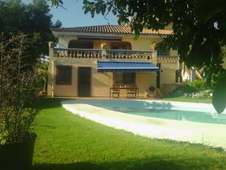 Spacious Garden flat with private pool, San Pedro de Alcantára