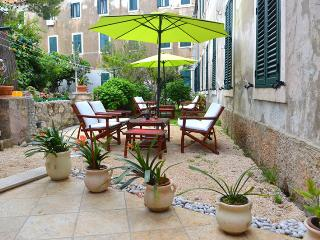 Mediteraneo with garden - beach 50 met BEST PRICE