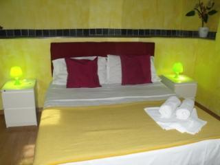 casa vacanza in pieno storico Suite, Palermo