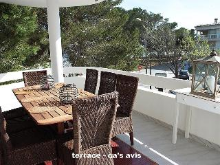 """Casa Avis"" 4 bedrooms + 2 baths + 3 terraces, Ses Salines"