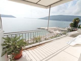 Apartment in Savina near the beach
