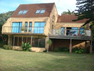 BEAUTIFUL HOLIDAY HOME, Trafalgar