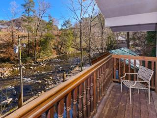 A River Song, Gatlinburg