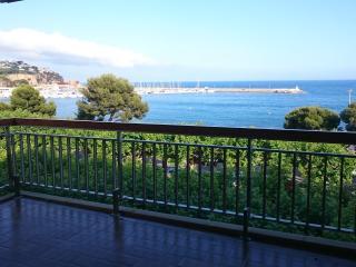 Gran apartamento en 1ª linea de mar, Sant Feliu de Guixols