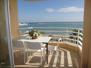 Beachfront Benalmadena,Pto Marina,3 bedroom,WIFI