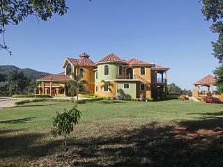 Millbrook Villa, Springfarm, 14BR, Ironshore