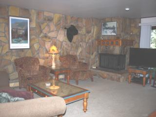 "Your ""Home Away"" at Lake Cliffe condos, Dillon"