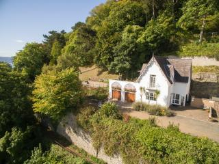 Haulfre Gardens Cottage - Views/Log Burner/Sleeps4, Llandudno