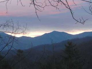 View of the Smoky Mountains at Precious View