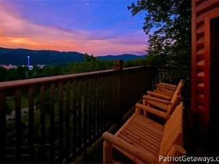 NIGHT LIGHTS LODGE, Pigeon Forge