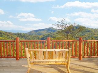 Deck Bench with Smoly Mountain View at Mountain Wonderland