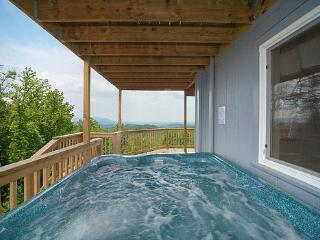 Hot Tub at Astonishing Views