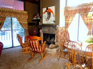 #81 Standard 2.5 BR Townhouse next to Snow Summit, Big Bear Lake