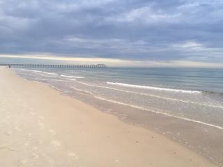 ADELAIDE'S BEST BEACH-FREE WIFI &  BREAKFAST