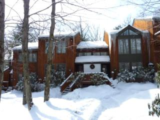 Vacation Rental Townhou at Big Boulder Ski Complex, Lago Harmony