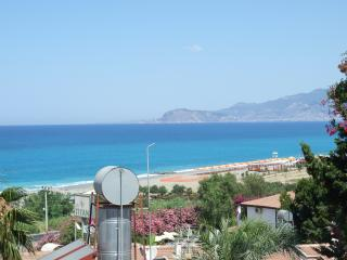 Seaview flat in historic Alanya Turkey