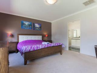 B1 Luxury Master 4km fr City, Perth
