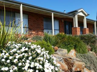 Lazy Days Estate Farmstay B & B, Bendigo