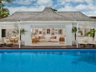Villa Lulito - an elite haven, 4BR, Seminyak