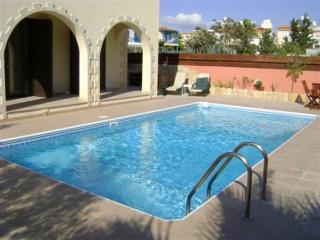 Kato Paphos 150 Metres to Beach - 3 Bedroom Villa