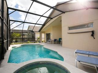Beautiful 4-Bed/3Ba Pool/ spa Villa N near Disney