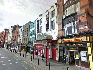 Studio WiFi in Dame St. In front Dublin Castle